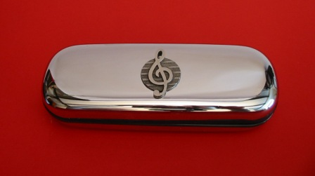 Treble Clef Pewter Motif on Chrome Glasses Case Music Gift